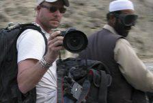 Afghanistan, attentato con granata: muore giornalista americano