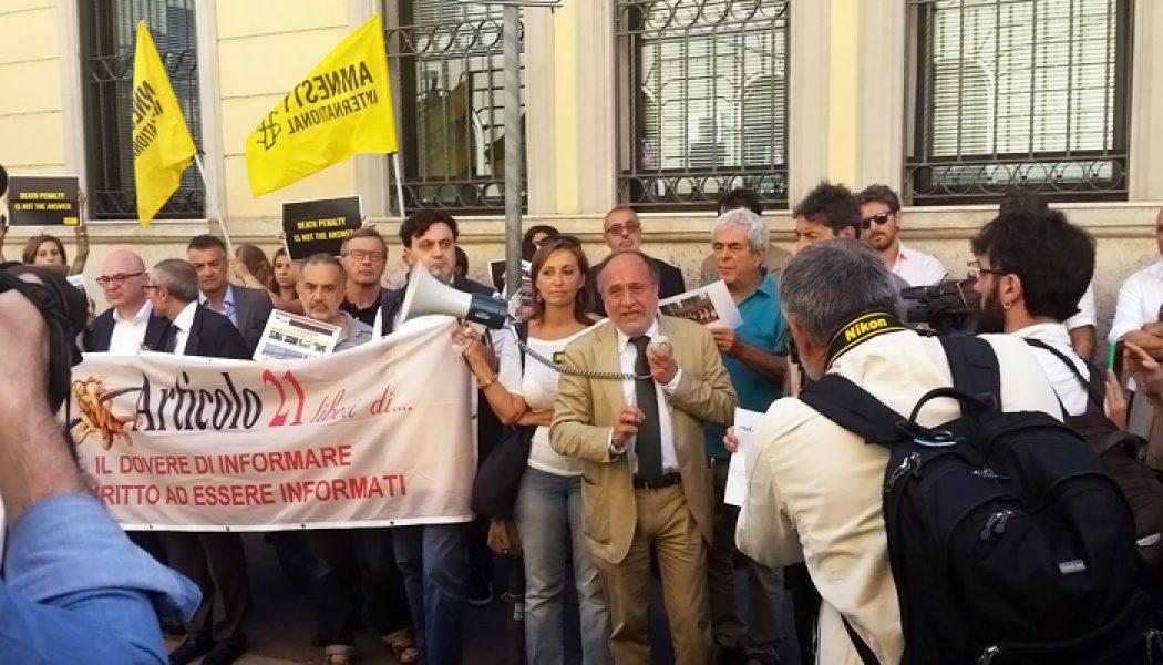 #NoBavaglioTurco, la Fnsi protesta sotto l'ambasciata turca a Roma