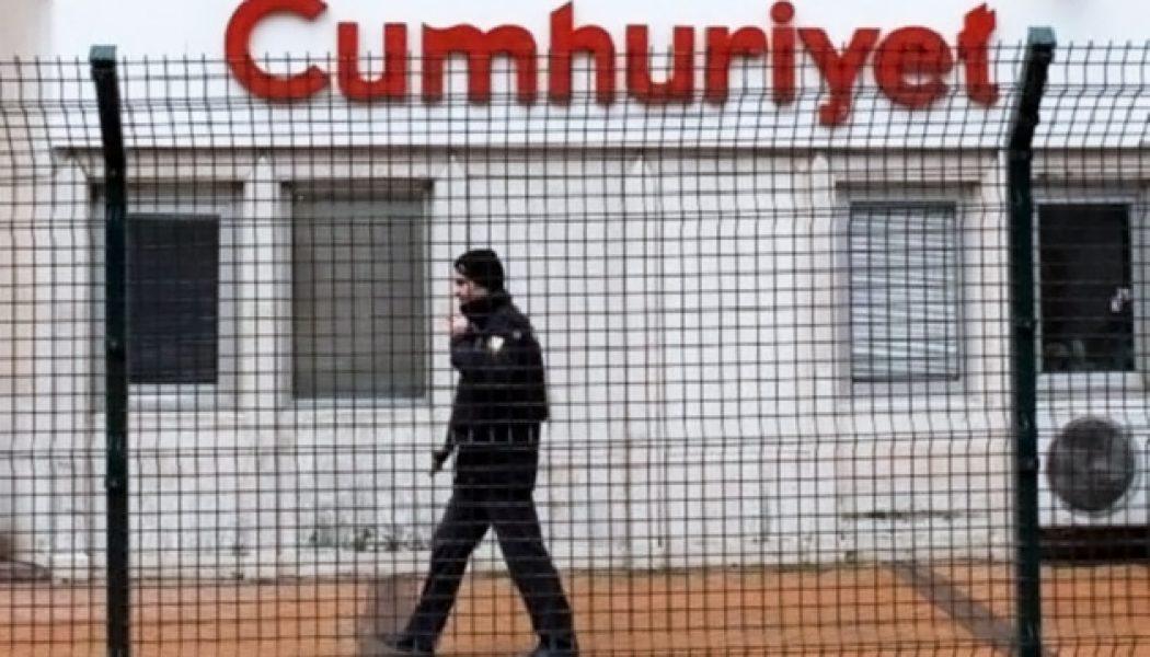 Turchia: nuovi arresti di giornalisti al quotidiano Cumhuriyet, la Fnsi: «Intervenga l'Ue»