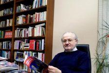 """Cambio al vertice di """"Famiglia Cristiana"""": il nuovo direttore è don Antonio Rizzolo"""