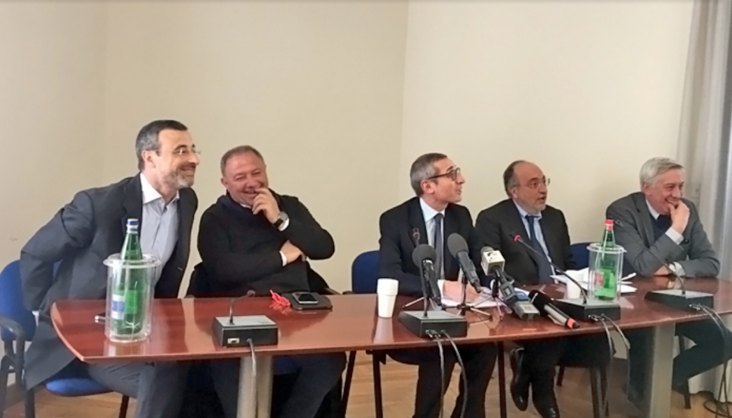 Minacce e querele temerarie, appello al presidente Mattarella: «A rischio il diritto di cronaca». Il ministro Orlando convoca la Fnsi