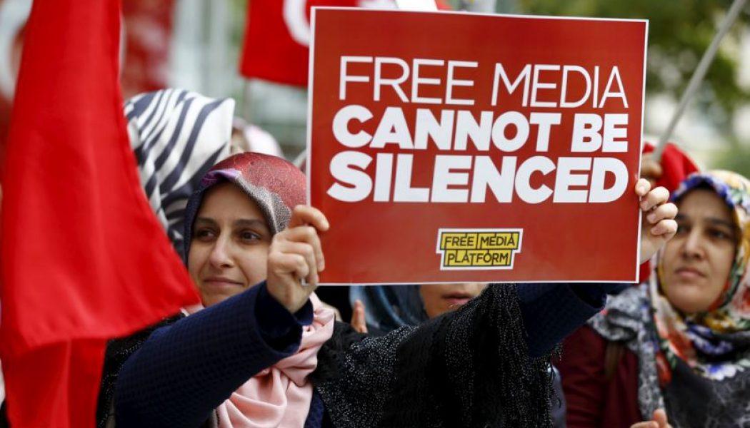 Nuova stretta alla libertà di stampa in Turchia, la Fnsi: governo e Ue intervengano